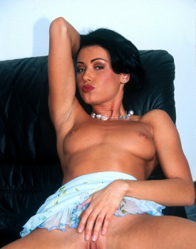 Casting with italian brunette monica